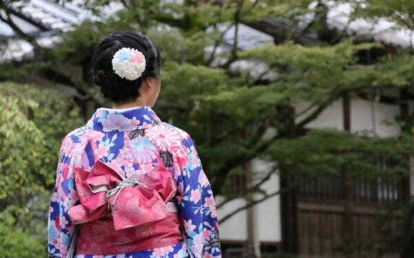 日本美少女 開天目引來的不幸