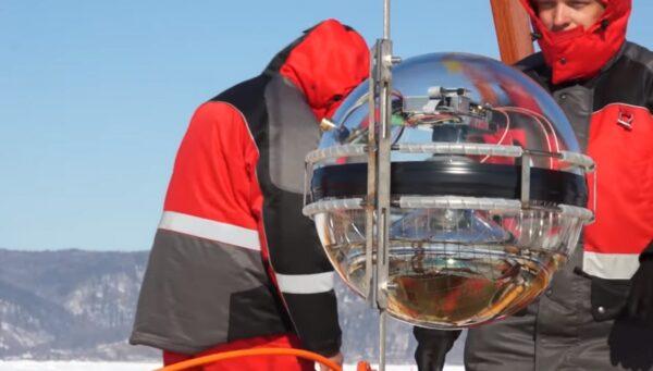 探测微中子 科学家在贝加尔湖启用深水望远镜
