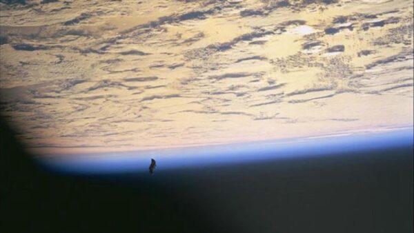 """""""黑骑士""""卫星来自外星人?科学家破译神秘信号"""