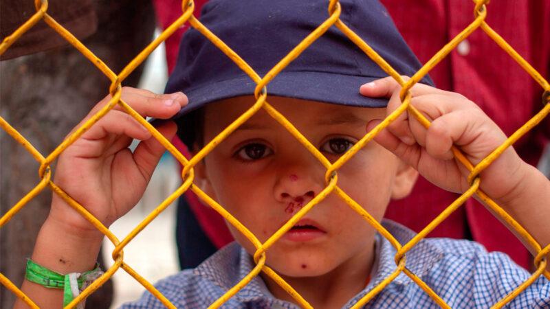 邊境移民兒童爆增 拜登政府拒參觀安置設施