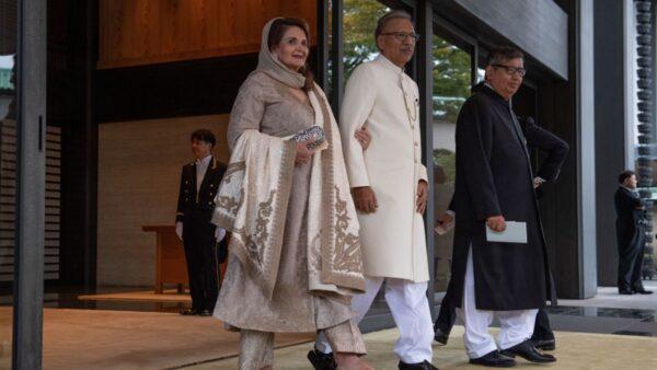 巴基斯坦總理、總統打中國疫苗後 雙雙確診