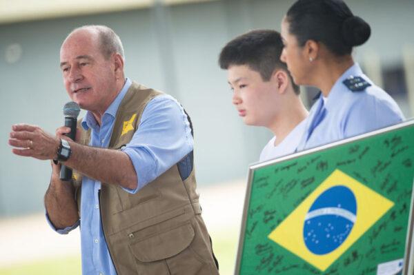 巴西撤换6部长 三军司令再同时离职