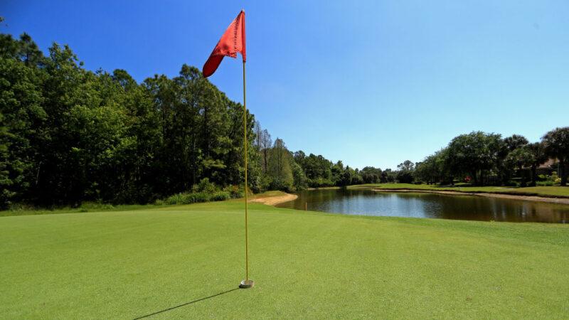 美國男找高爾夫球落水溺斃 朋友渾然不知
