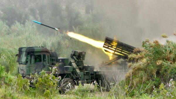 中共軍機頻頻擾臺 臺灣擬以導彈應對