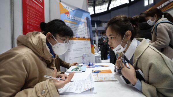 中國研究再刷新數據:武漢去年4月已130萬人染疫