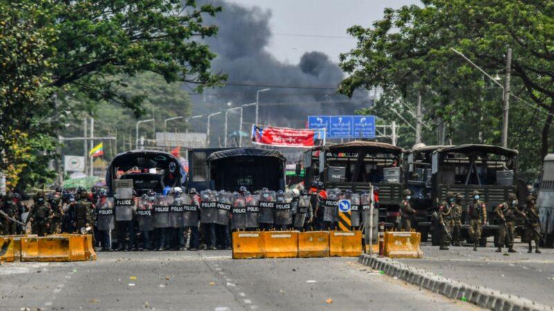 缅甸32家中资厂遭袭 当地人质疑军政府所为