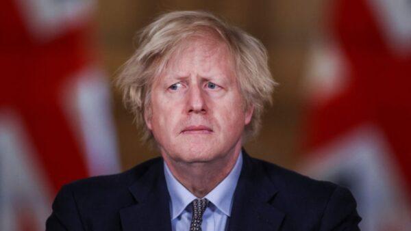 英首相脫口而出:AZ疫苗成功是因為「貪婪」