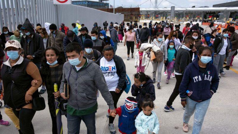 報告:3月份美墨邊境超17萬人被拘 近2萬兒童