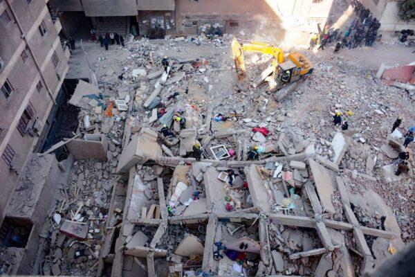 埃及開羅住宅大樓倒塌 至少18死24傷