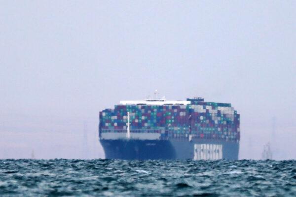 长赐轮卡运河近一周 需4天消化塞船 难题还未了