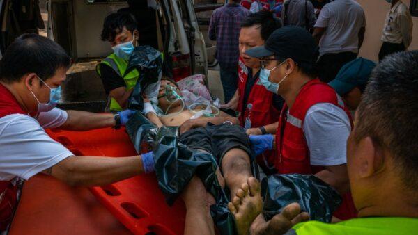 組圖:緬甸軍人節大屠殺 1歲嬰兒眼睛中彈