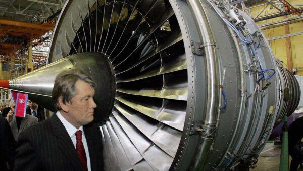 釜底抽薪阻中企吞併 烏克蘭國有化戰機引擎製造商