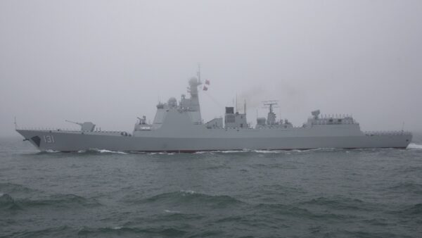 英媒:中共軍隊裝備嚇人 實際戰鬥力未必如此