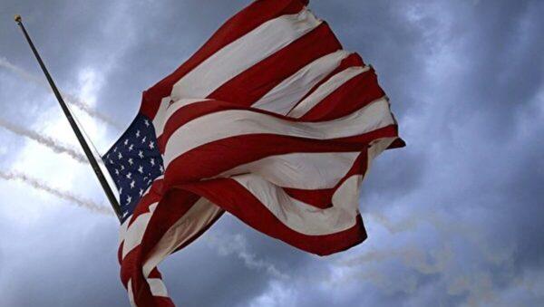 新聞分析:共產主義強行自我審查席捲美國