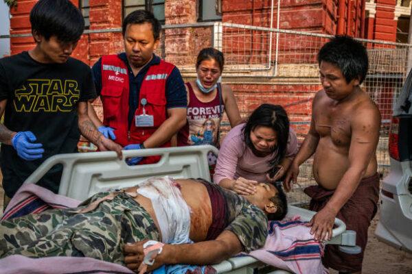 緬甸軍人節殘暴鎮壓 英美等12國防長罕見同聲譴責