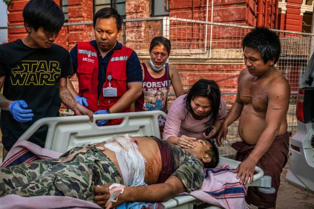 缅甸军人节残暴镇压 英美等12国防长罕见同声谴责