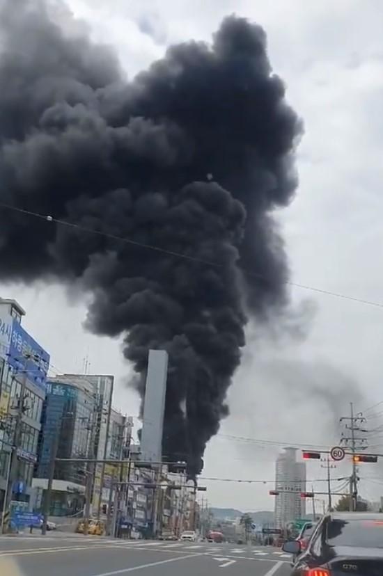 韓國工地大樓傳火警 直升機出動救援已知1死17傷