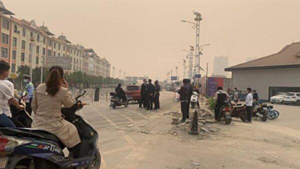 云南瑞丽封城 被疑疫情严重及与缅甸屠杀切割