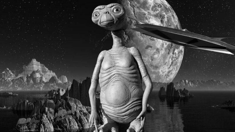 远古壁画惊现外星人 47000年前就已造访过地球