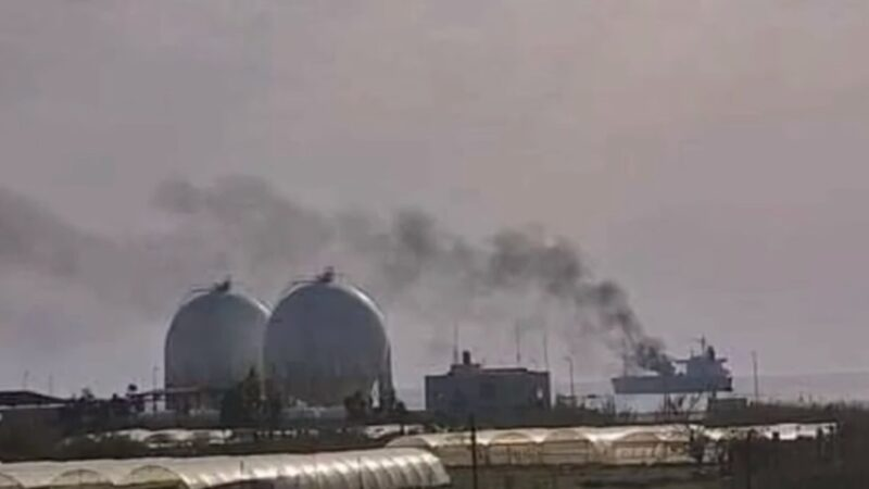 疑遭無人機攻擊 伊朗油輪敘利亞外海失火至少3死