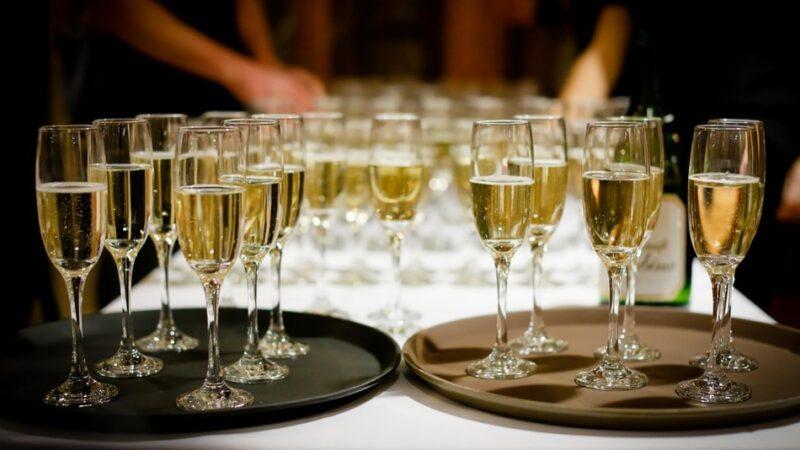 少量喝酒有益健康?專家:很多人想錯了