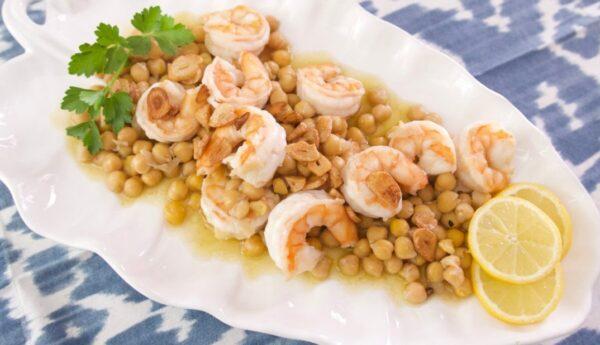 脆皮大蒜虾和鹰嘴豆 经典西班牙小吃