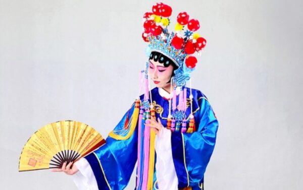 鲜为人知 京剧大师之女有前世记忆