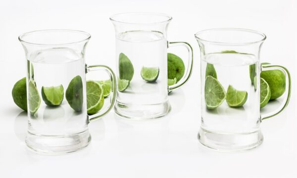 警惕這些喝水方式會傷害身體 可別喝錯了