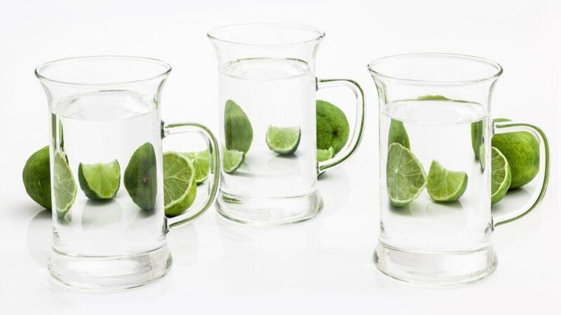 警惕这些喝水方式会伤害身体 可别喝错了