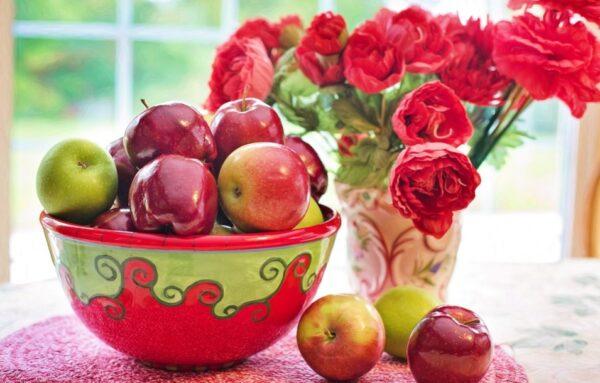 每天早上空腹吃一個蘋果 身體竟有4個變化