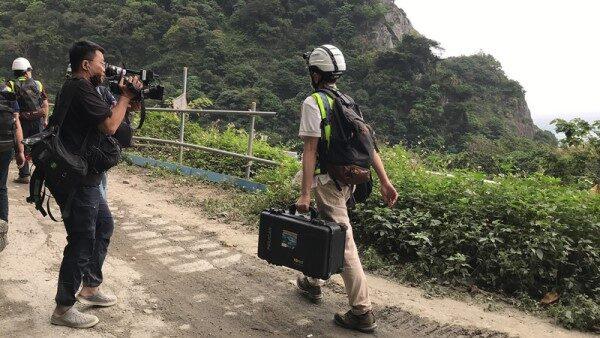 太魯閣號事故 找到肇事卡車行車紀錄器 還有遺體卡在車廂