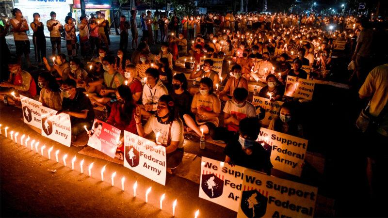 为过去的沉默后悔 缅甸人在军政府暴力下觉醒