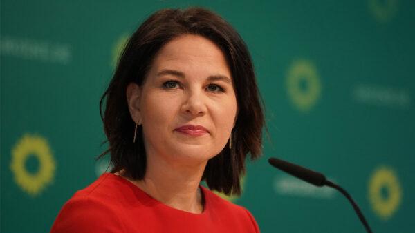 德总理候选人对中共强硬 绿党支持率随升至首位