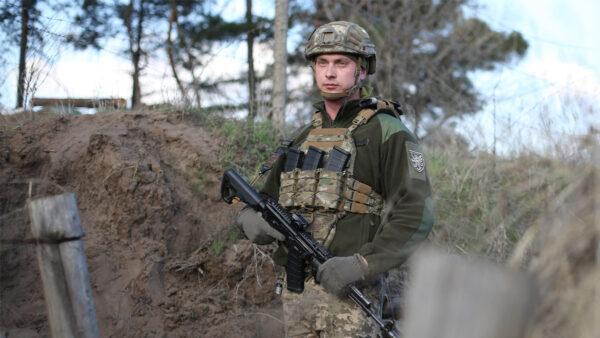 俄乌局势紧张 欧洲多国对俄采取强硬立场