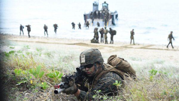中共海軍動作頻頻 美兩大軍種聯手遏制