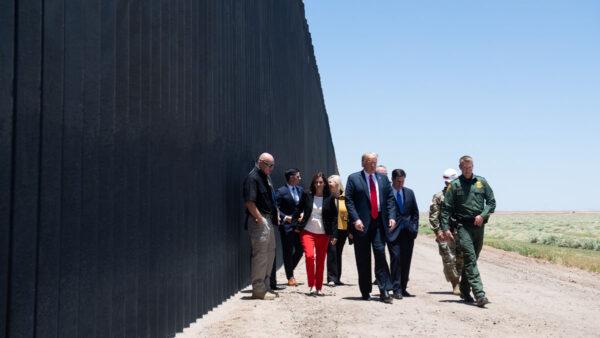 拜登擬恢復邊境牆建設?川普: 邁出積極一步