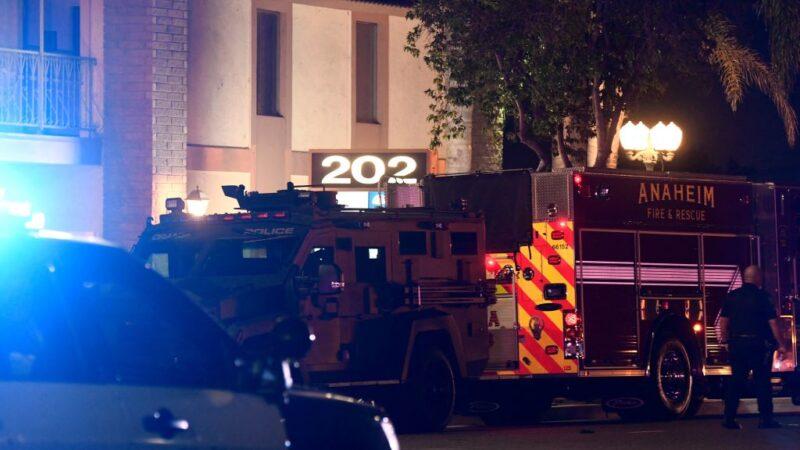 加州橙县爆枪击4死含儿童 嫌犯受伤遭逮捕