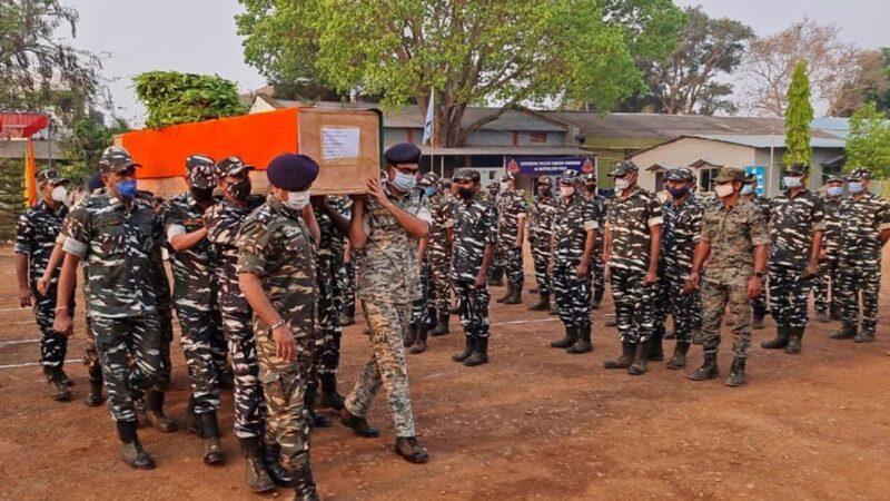 印度毛派組織突襲警察部隊 22名警察喪生30人受傷