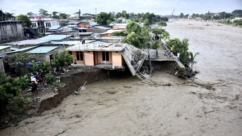 兩個熱帶氣旋侵襲 印尼東帝汶至少75人罹難(視頻)