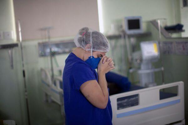 """巴西单日病故首超4千人 专家称如""""生物核灾"""""""