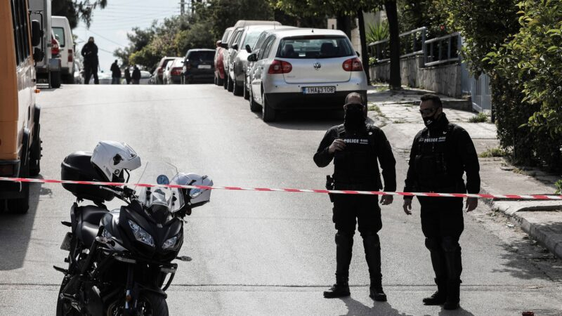 震惊希腊社会 知名记者遭消音武器枪杀身亡