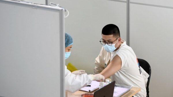 遼寧男接種疫苗當天死亡 村民:沒人敢打了