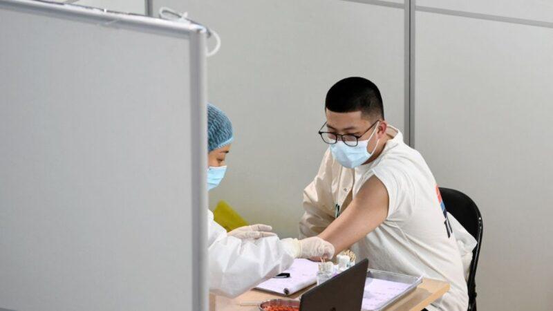 28岁大陆警打国产疫苗后去世 家人遭威胁噤声