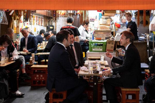 要求民众勿聚餐 日本大阪市爆逾千职员涉违规