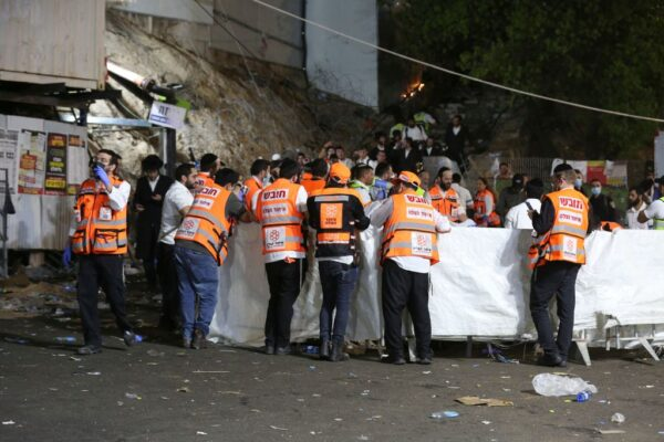【更新】以色列篝火節看台倒塌 釀人踩人至少44死