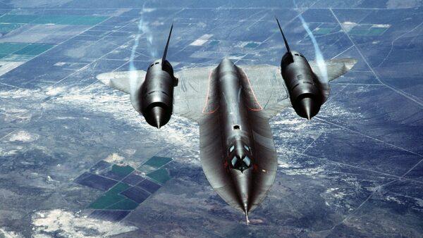 導彈都追不上!美軍黑鳥偵察機一生躲過4千枚飛彈