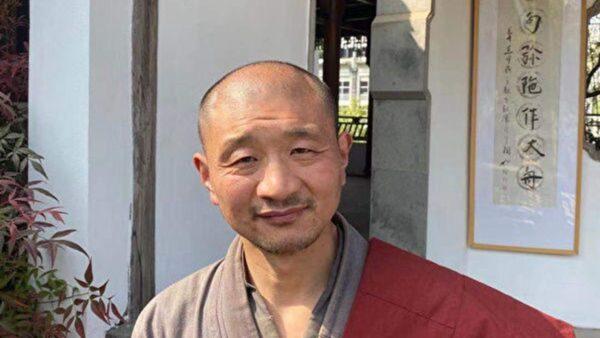 包庇假和尚嫖娼涉毒 南京宗教局醜聞曝光