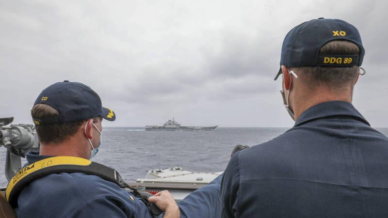 遼寧艦曝致命弱點 美海軍翹腳照釋多重信號