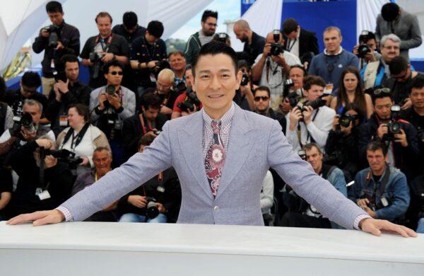 曾批刘德华不算歌手 杨坤商演现尴尬一幕