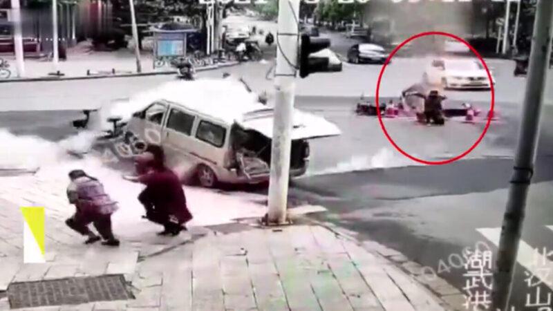 武漢路面爆炸似災難片 4人被震飛視頻瘋傳(視頻)